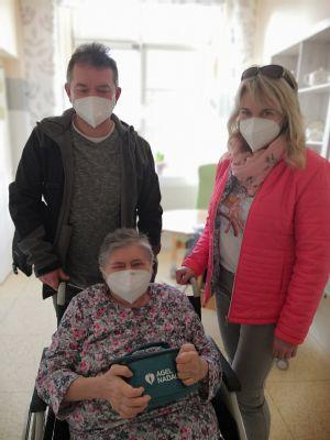 Nemocnice AGEL Český Těšín rozdává radost pacientům na oddělení odborné ošetřovatelské péče v podobě Balíčků pohody